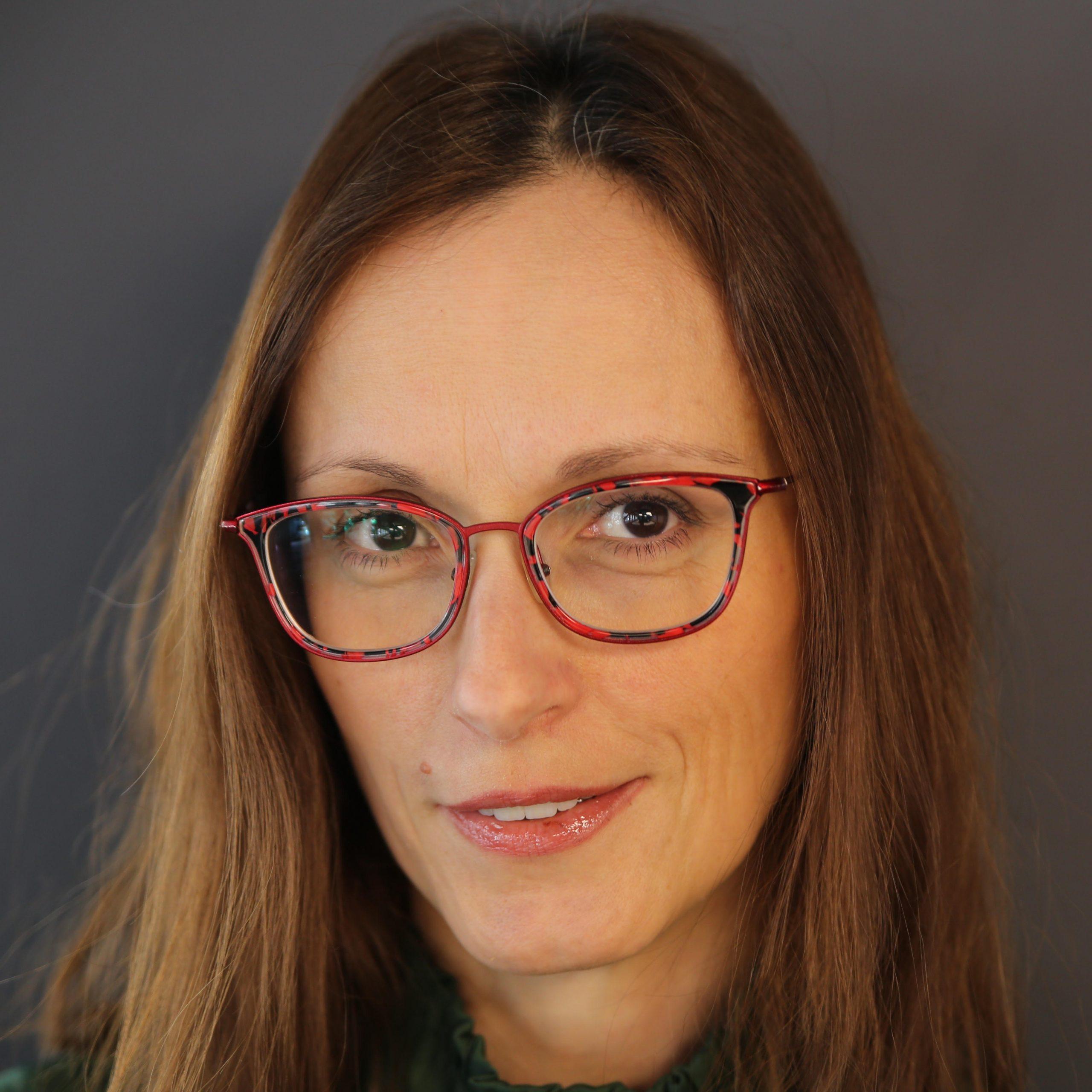 Dr. Ivana Nobilo
